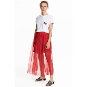 H&M Red Pleated Tulle Skirt